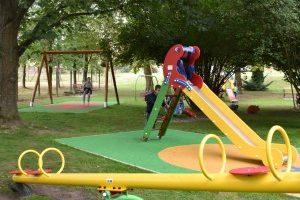 Fantasztikus hangulatú játszótereket tervezünk és kivitelezünk.
