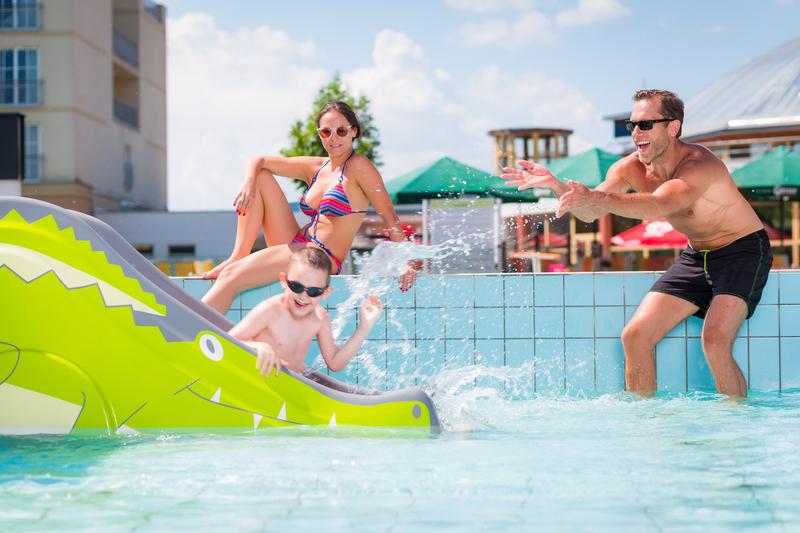 A hangulat és a medencék maguk is fantasztikusak Szentgotthárdon.