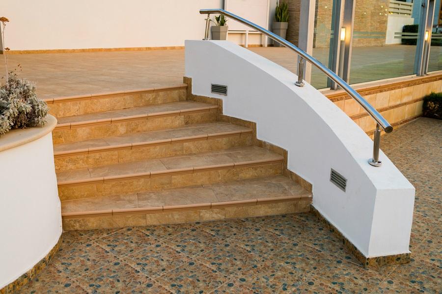 kültéri csúszásgátló lépcsőre