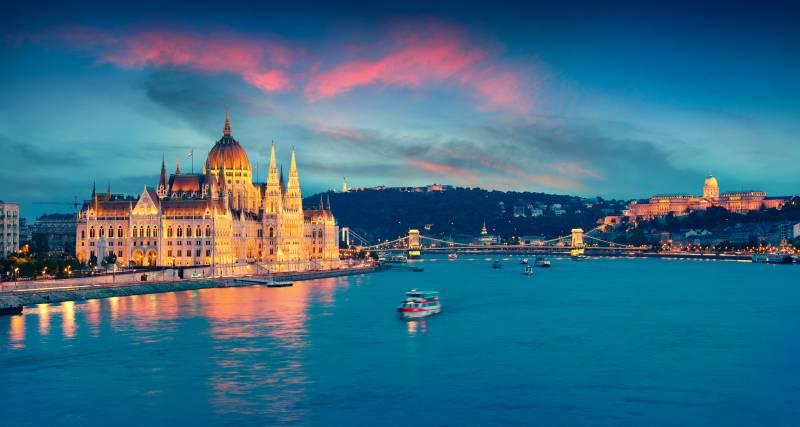 Budapestet vászonképeken