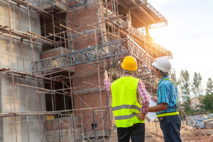 építés alatt álló ingatlanok biztosítása